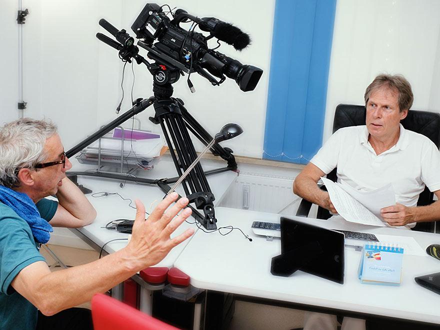 Kameramann Ferdinand Fries und Dr. Wolfgang Ullrich