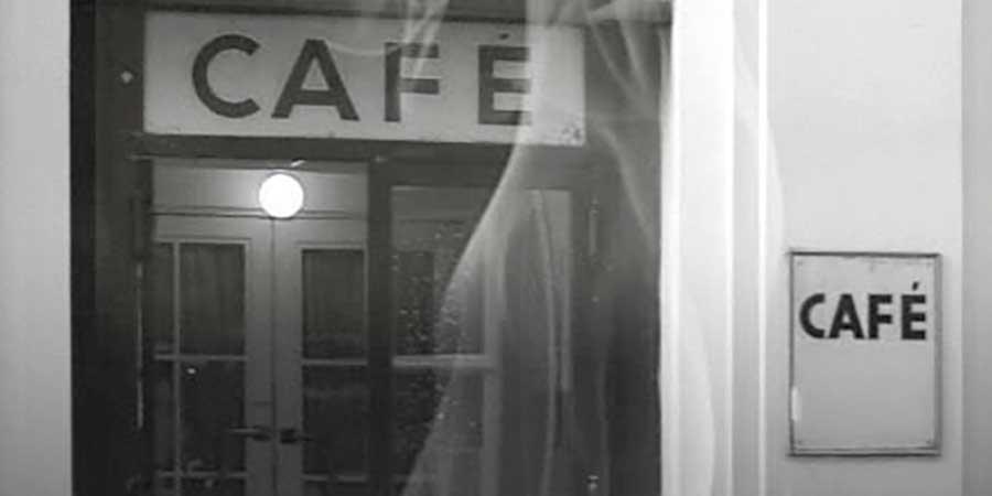 Café Hawelka: Kaffee-Kränzchen bei Leopold & Josefine!